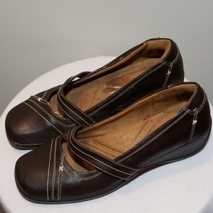 """NATURALIZER Brown Leather 2"""" Wedges Size 8.5"""